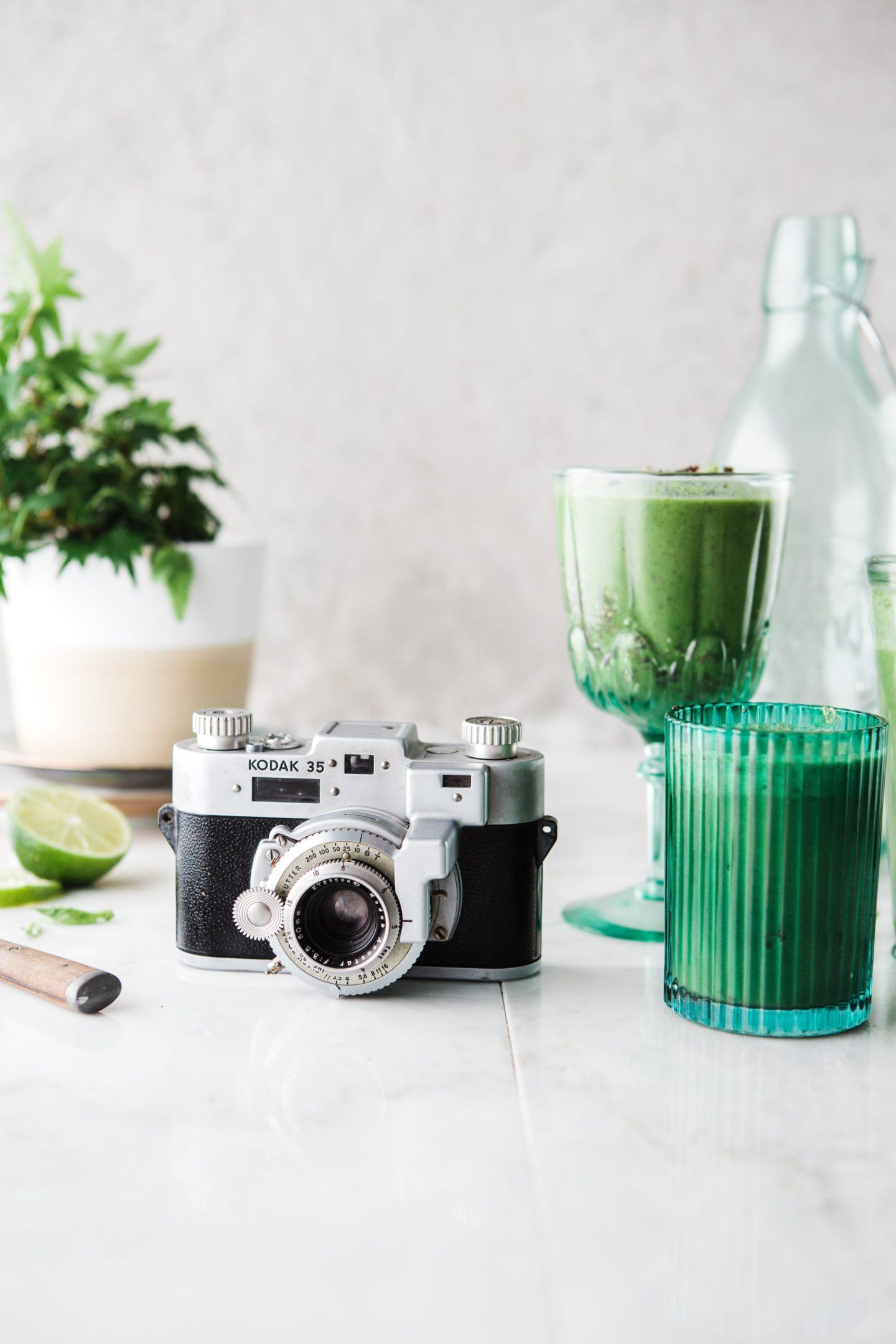 Celery Juice – Pros & Cons of the Latest Instagram Trend