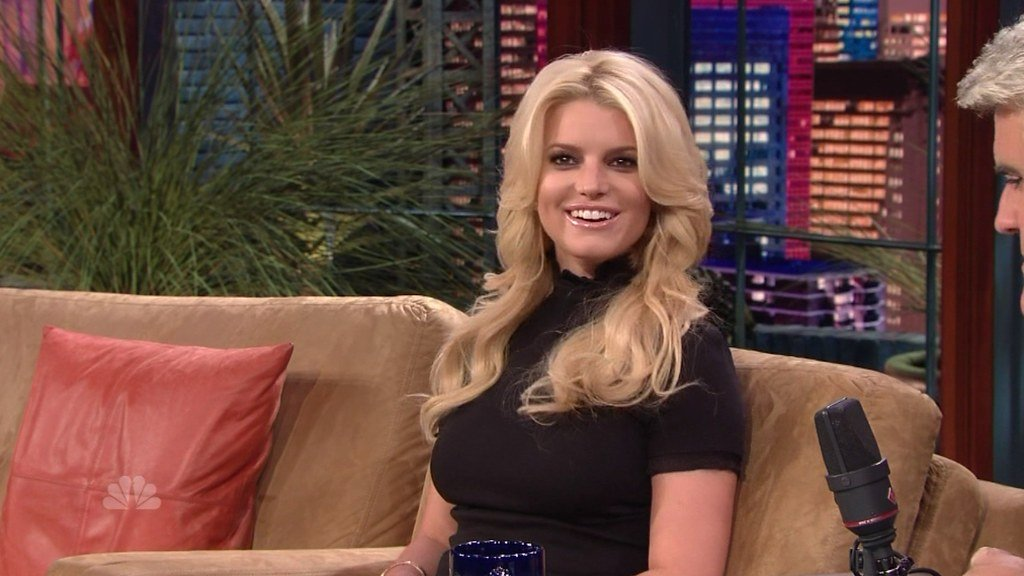 Jessica Simpson – How She Lost 45Kg in 6 Months