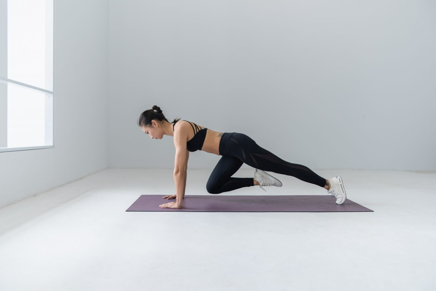 Slim Down Your Legs – 3 Minute At-Home Workout